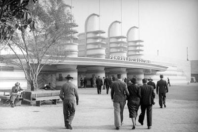 pan-pacific-auditorium-in-1937